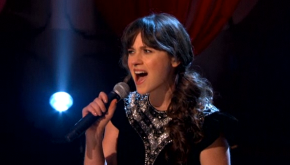 Zooey-Deschanel-She-and-Him-on-Conan.png