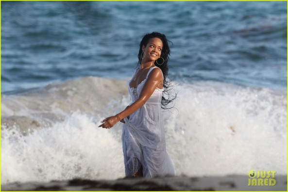 Rihanna seen shooting for a Barbados tourism campaign on the east coast of the caribbean island today. (Picture taken 08/09/2012) Pictured: Rihanna Ref: SPL425117  100812   Picture by: Splash News Splash News and Pictures Los Angeles:	310-821-2666 New York:	212-619-2666 London:	870-934-2666 photodesk@splashnews.com